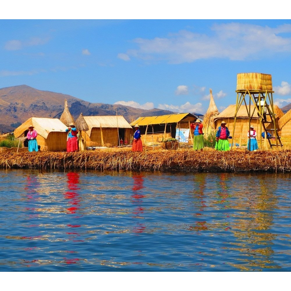 Munroe Island Backwaters Homestay Home: Floating Islands & Taquile (from Cusco
