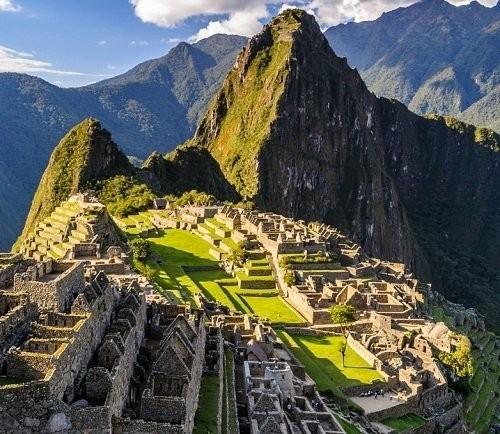 Tourist Bus Lima To Paracas To Huacachina To Cusco Peru Hop